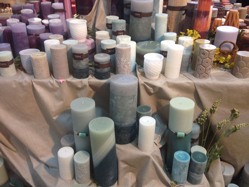Qingdao candle maker thrives in global market