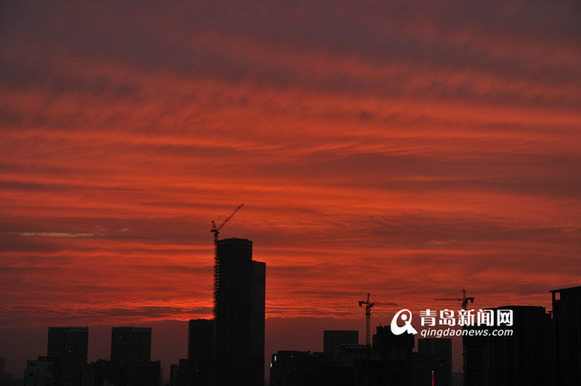 Burning clouds illuminate Qingdao sky
