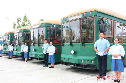 Qingdao launches free beer-festival bus service