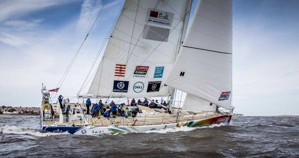 Two Chinese teams set sail in biggest Round the World Yacht Race