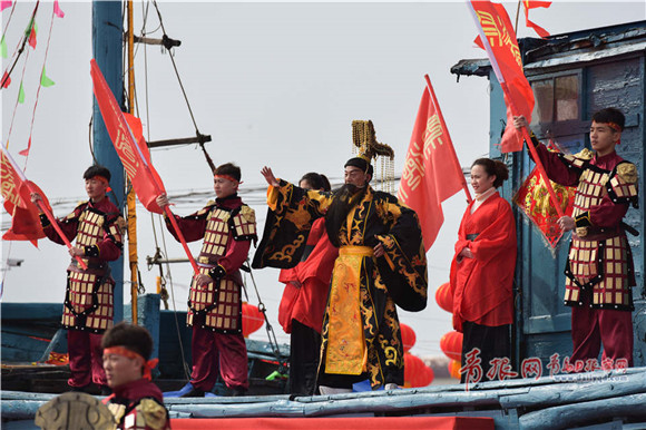 Qingdao fishermen celebrate Dragon King's birthday